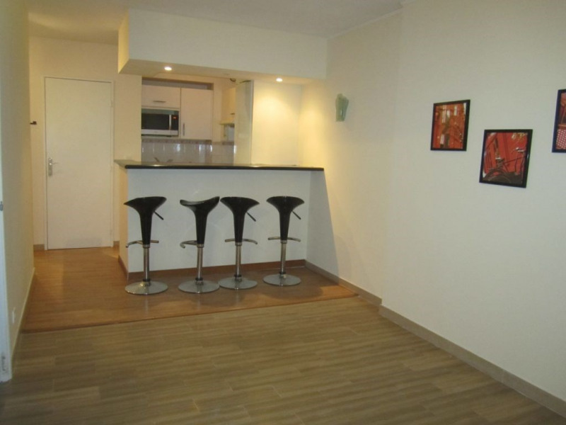 Rental apartment Nice 755€ CC - Picture 1
