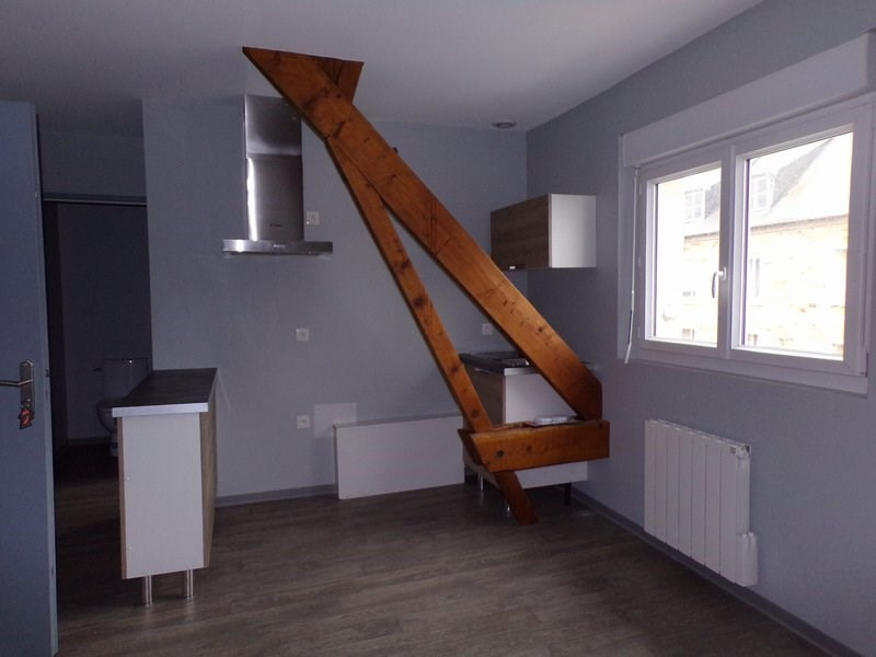 Rental apartment La haye du puits 450€ CC - Picture 2