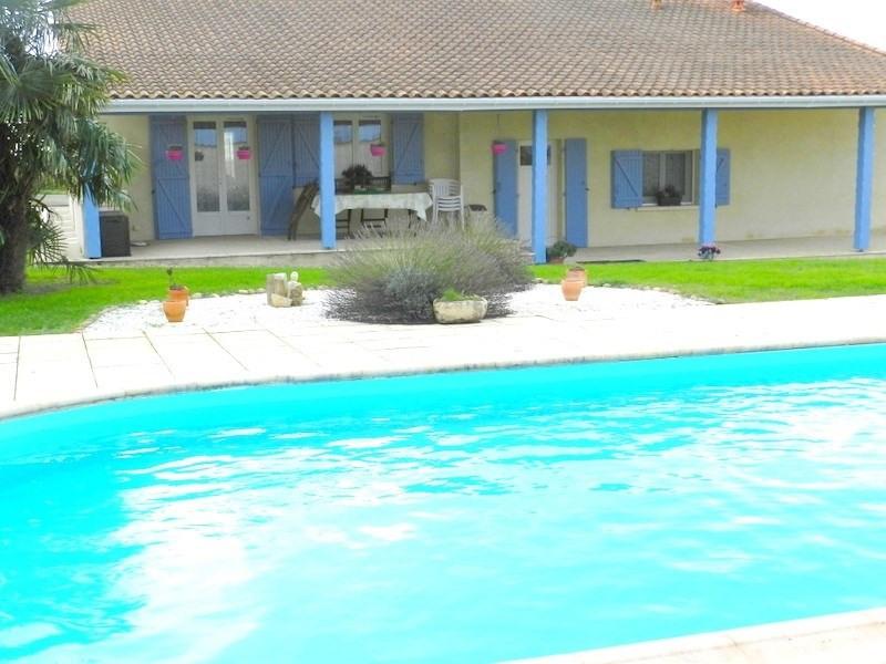 Sale house / villa Blaye 378000€ - Picture 2