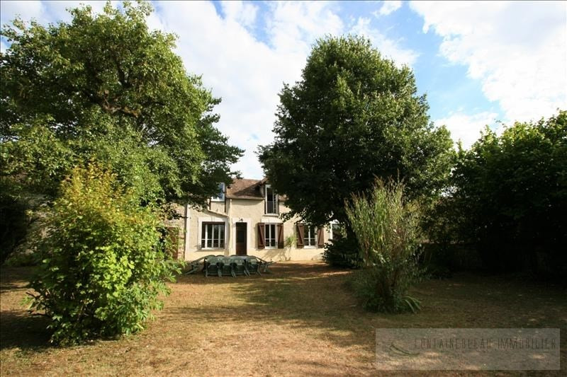 Sale house / villa Ury 357000€ - Picture 1