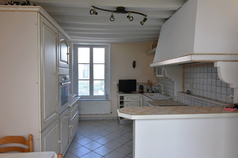 Sale house / villa Neuilly en thelle 277 000€ - Picture 3