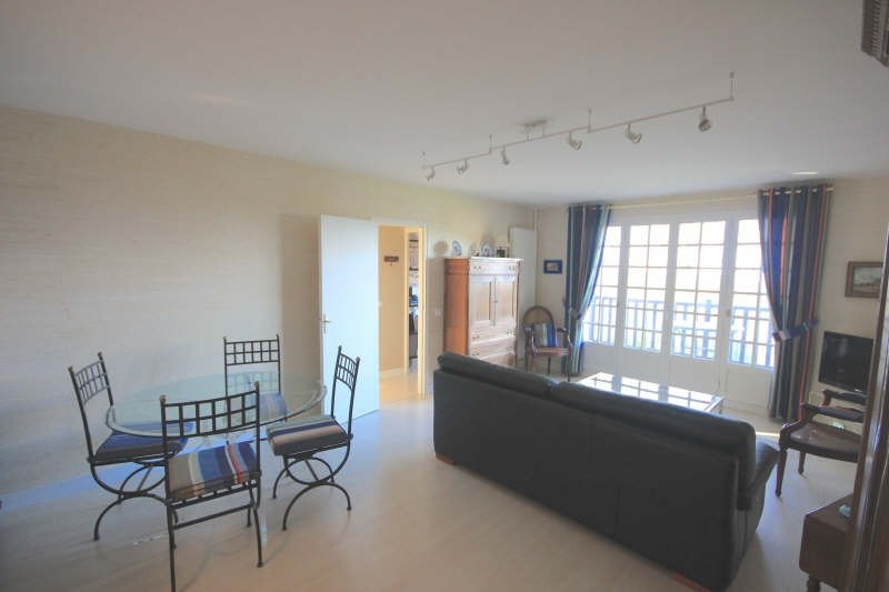 Deluxe sale apartment Villers sur mer 286 000€ - Picture 2