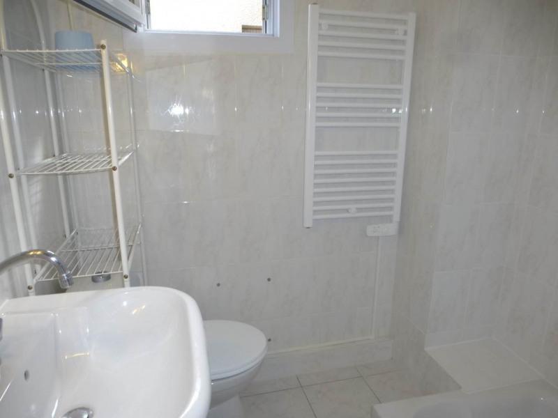 Location appartement Aubenas 595€ CC - Photo 11