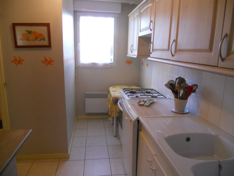 Vacation rental house / villa Royan 914€ - Picture 13