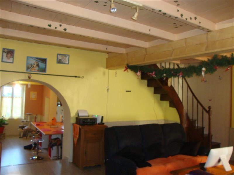 Sale house / villa Tonnay-boutonne 143700€ - Picture 4