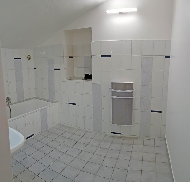 Rental apartment Nantua 505€ CC - Picture 8