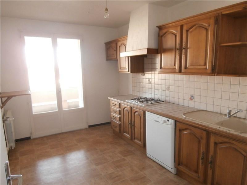 Sale apartment Manosque 121000€ - Picture 2