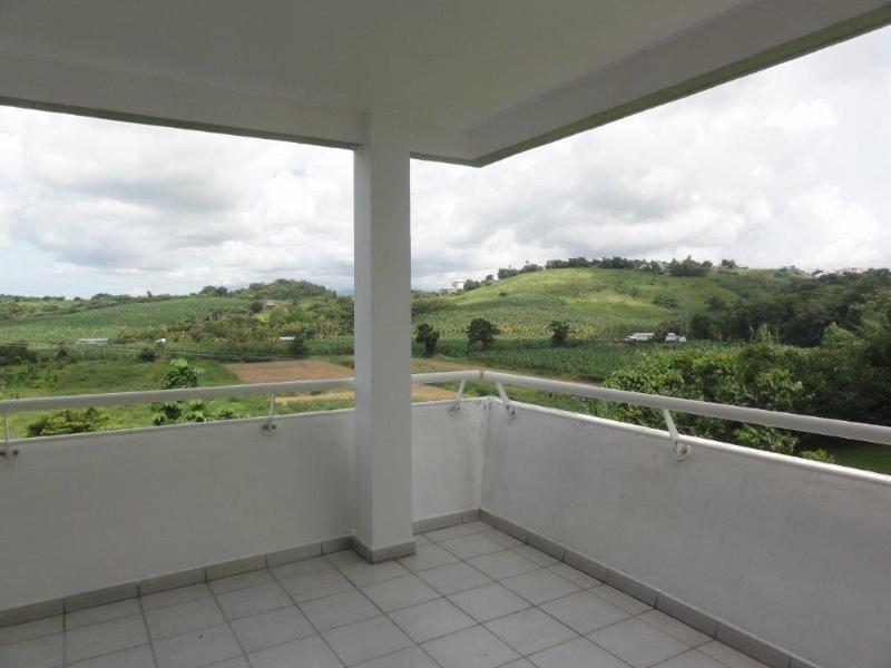 Sale apartment Ducos 155000€ - Picture 2