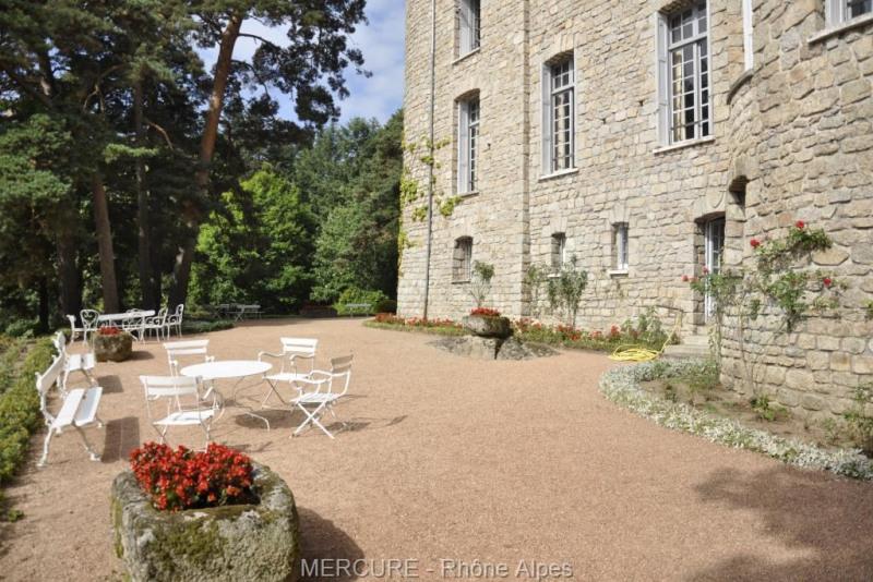 Vente de prestige château Noiretable 860000€ - Photo 3