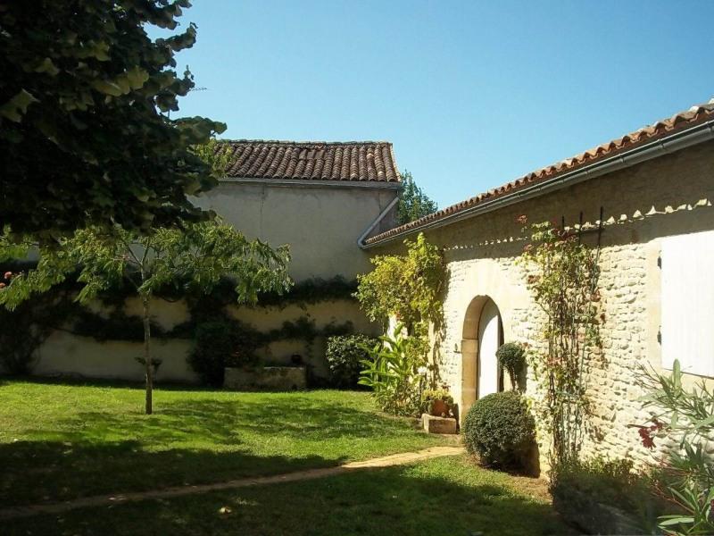 Vente maison / villa Cherves-richemont 297000€ - Photo 9