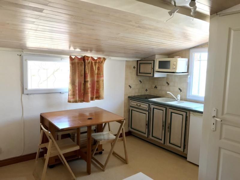 Rental apartment Aix en provence 480€ CC - Picture 1