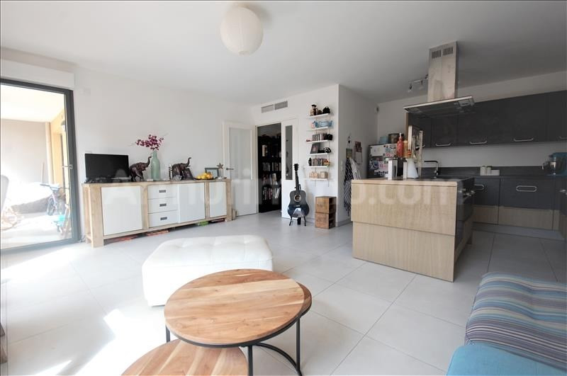 Sale apartment Frejus 330 000€ - Picture 2
