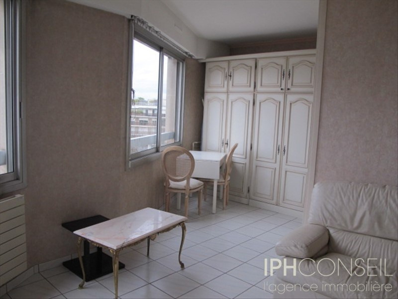 Rental apartment Neuilly sur seine 960€ CC - Picture 5