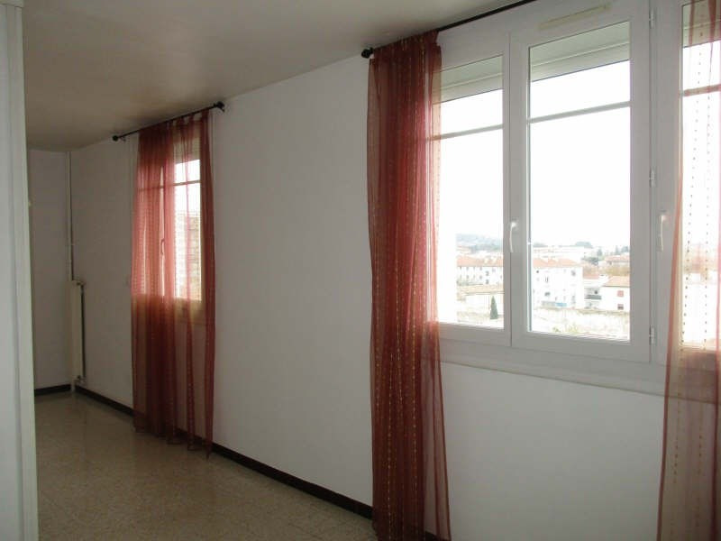 Location appartement Nimes 630€ CC - Photo 2