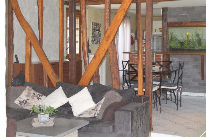 Vente maison / villa Grandvilliers 147000€ - Photo 2