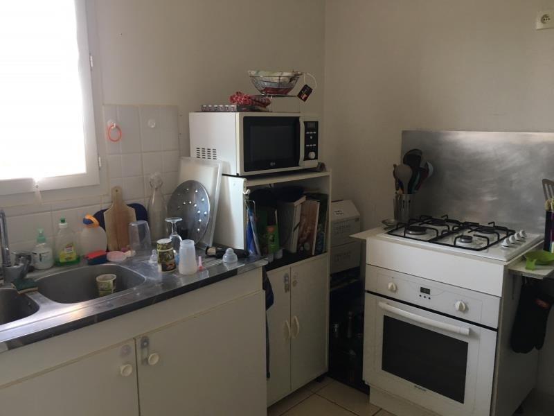 Rental apartment Lambesc 935€ CC - Picture 5