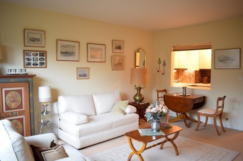 Deluxe sale apartment Paris 16ème 405000€ - Picture 2