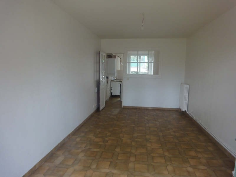 Rental apartment La celle saint cloud 1 090€ CC - Picture 1