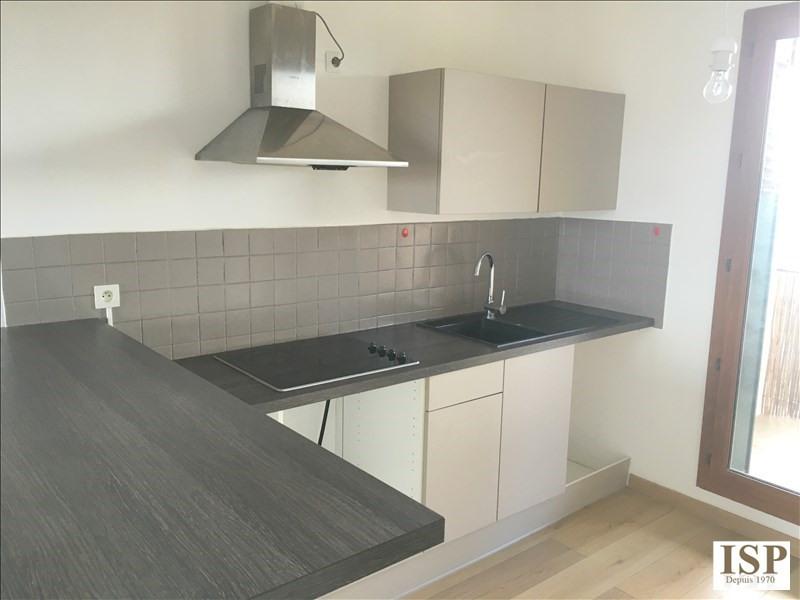 Rental apartment Les milles 861€ CC - Picture 4