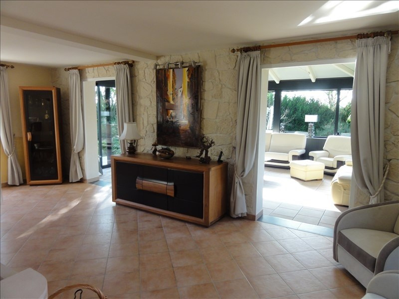Vente maison / villa Montfort l amaury 580 000€ - Photo 4