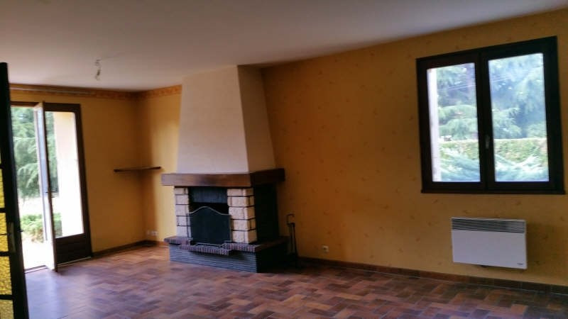 Location maison / villa Tigy 700€ CC - Photo 4