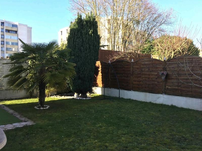 Sale house / villa Taverny 355000€ - Picture 9