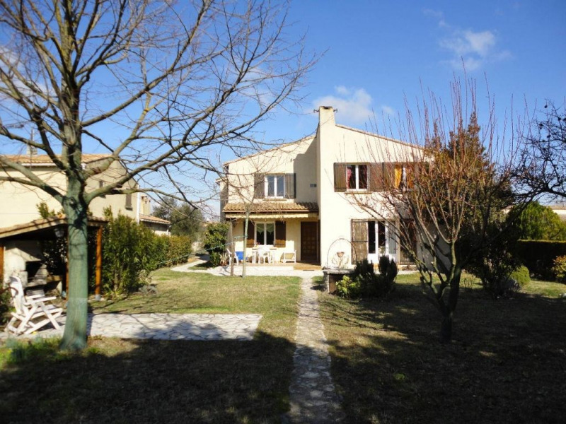 Sale house / villa Entraigues sur la sorgue 410 000€ - Picture 2