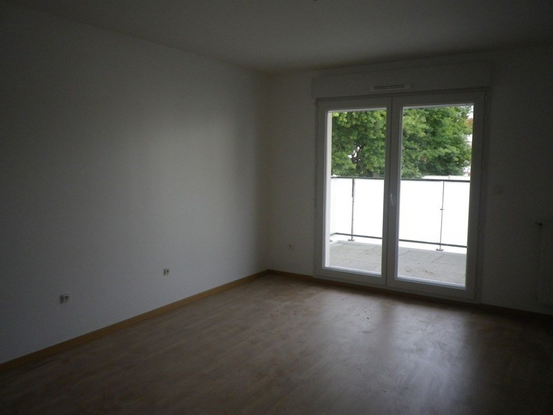 Location appartement Sainte luce sur loire 547€ CC - Photo 2