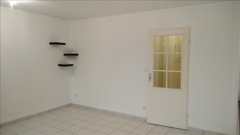 Location appartement Vendôme 450€ CC - Photo 2