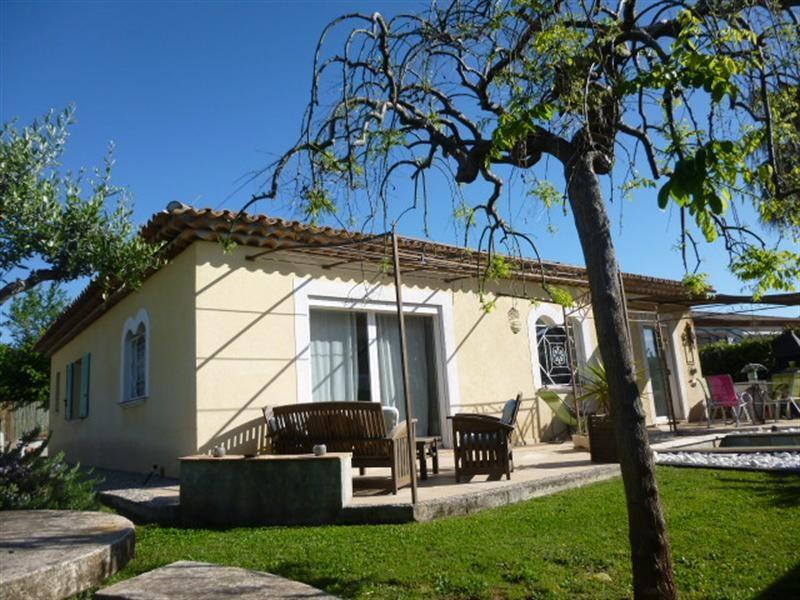 Vente de prestige maison / villa Frejus 580000€ - Photo 1