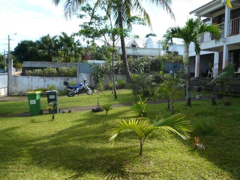 Sale house / villa La saline 295000€ - Picture 3