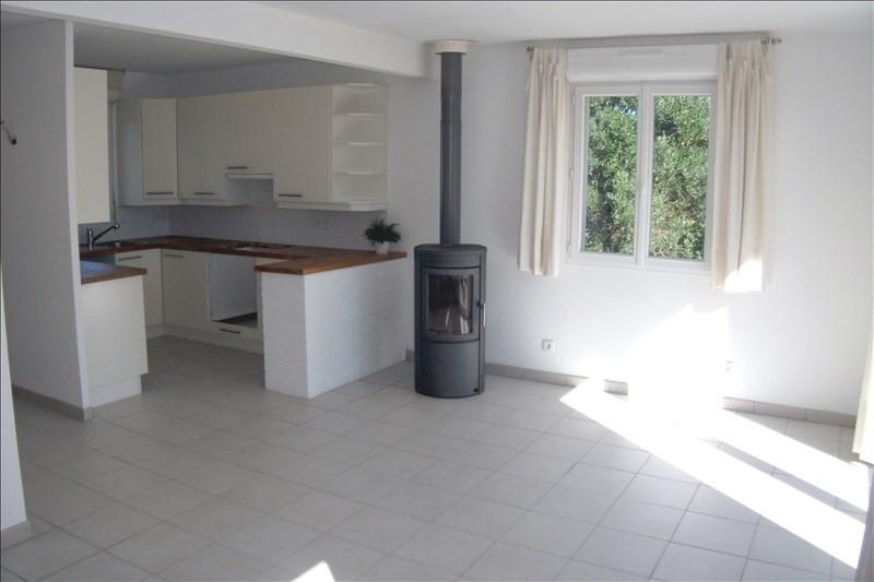 Sale house / villa Plogoff 104370€ - Picture 2