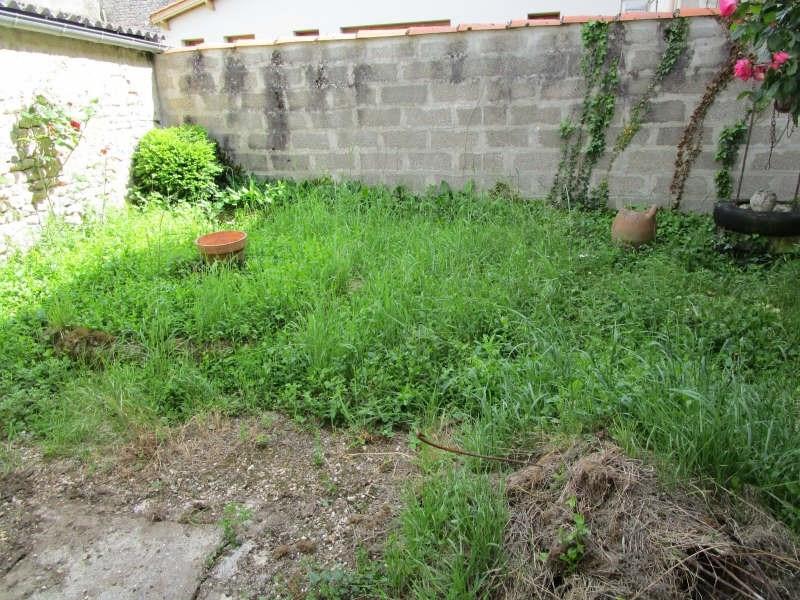 Sale house / villa Matha 59000€ - Picture 8