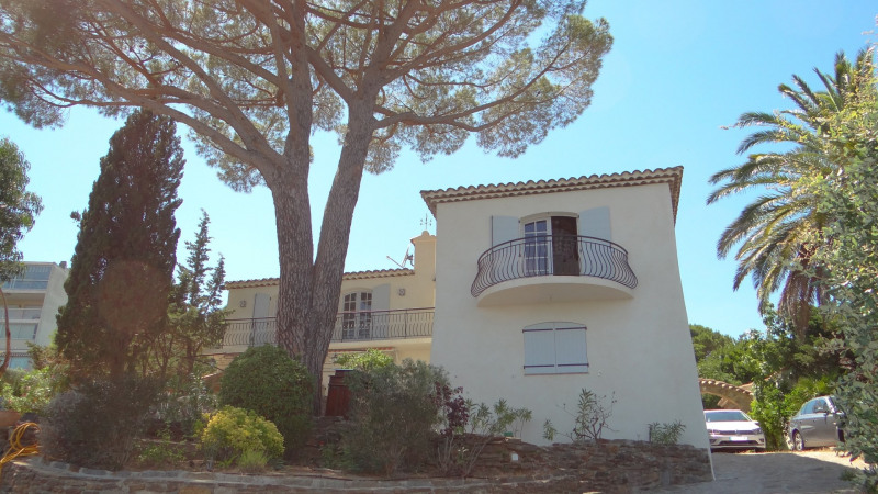 Vacation rental house / villa Cavalaire sur mer 3 500€ - Picture 7