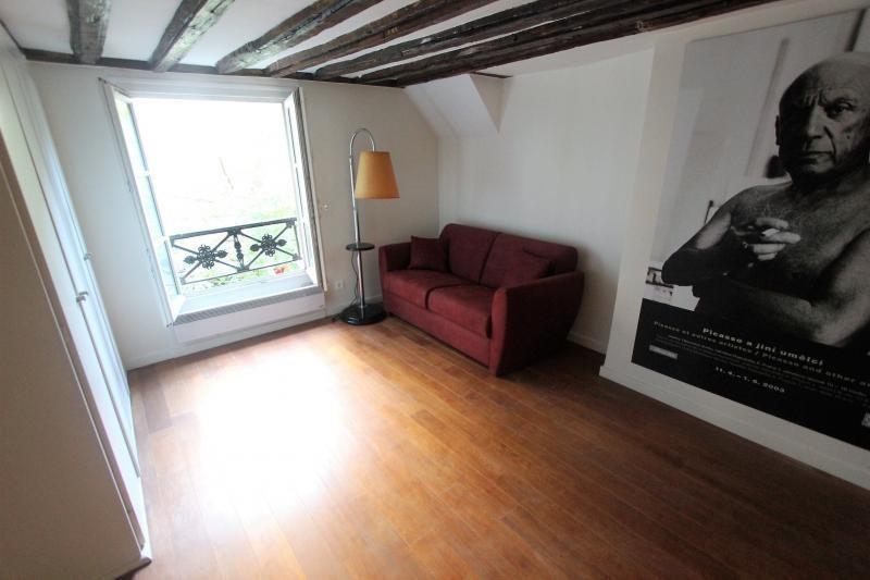 Sale apartment Paris 3ème 409000€ - Picture 2