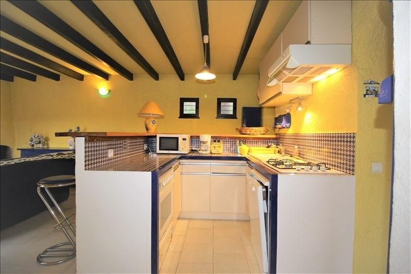 Sale house / villa Pietrosella 390000€ - Picture 6
