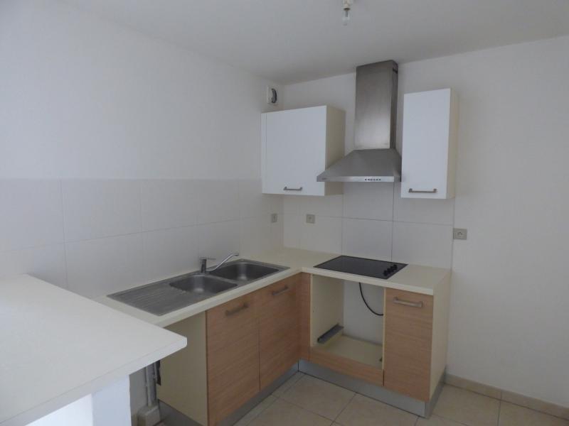 Sale apartment St denis 105000€ - Picture 2
