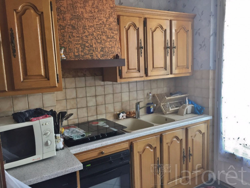 Sale apartment Bourgoin jallieu 119 000€ - Picture 3