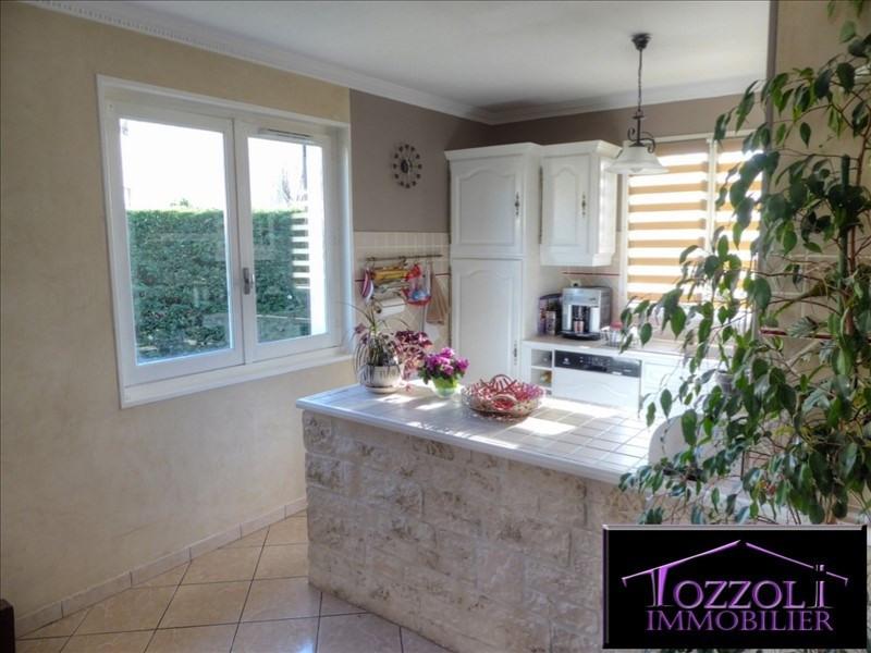 Sale house / villa St quentin fallavier 249000€ - Picture 3