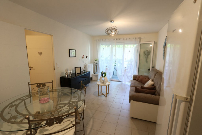 Rental apartment Nice 790€ CC - Picture 1