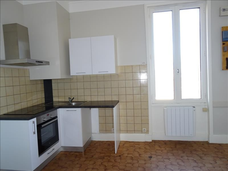 Rental apartment Perreux 320€ CC - Picture 5