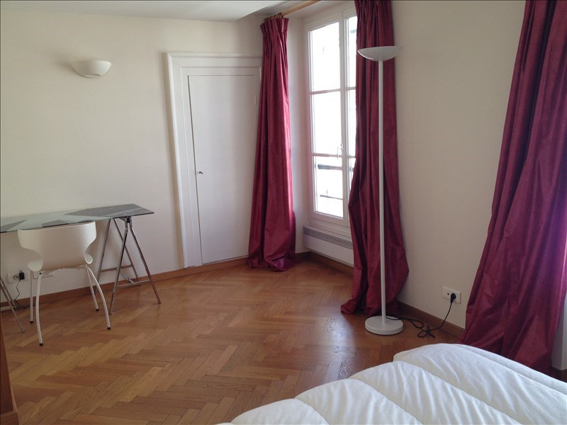 Locação apartamento Paris 7ème 2000€ CC - Fotografia 5