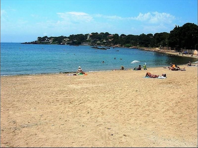 Sale apartment Boulouris 475 000€ - Picture 1
