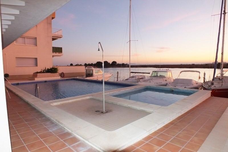 Location vacances appartement Roses-santa margarita 368€ - Photo 1