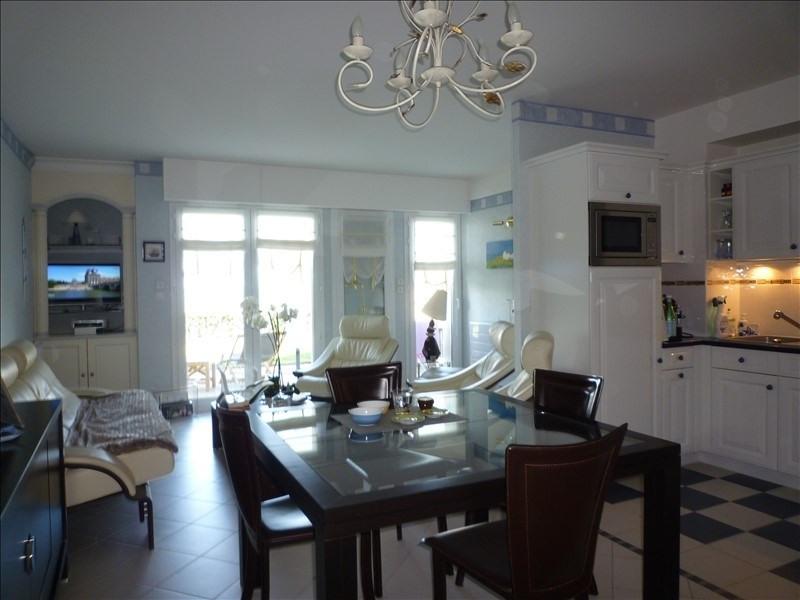 Vente de prestige appartement St martin de brehal 449000€ - Photo 4