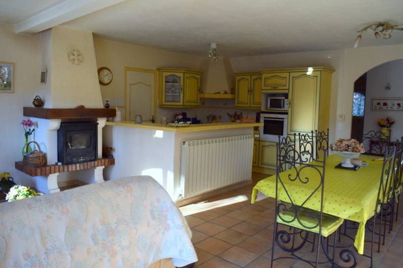 Vente maison / villa Tourrettes 405 000€ - Photo 6