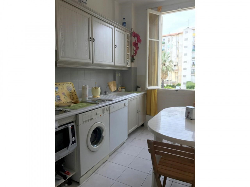 Sale apartment Nice 390000€ - Picture 4