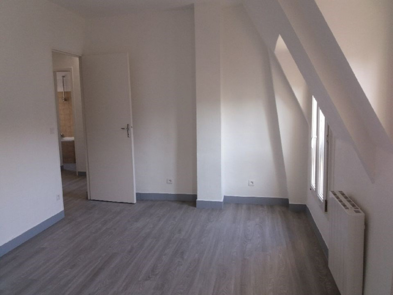 Location appartement Paris 6ème 1 325€ CC - Photo 3