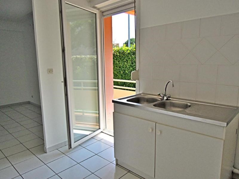 Rental apartment Castanet tolosan 674€ CC - Picture 4