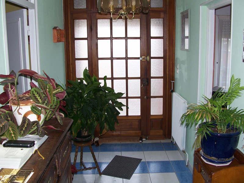 Sale house / villa Avesnes sur helpe 263500€ - Picture 2